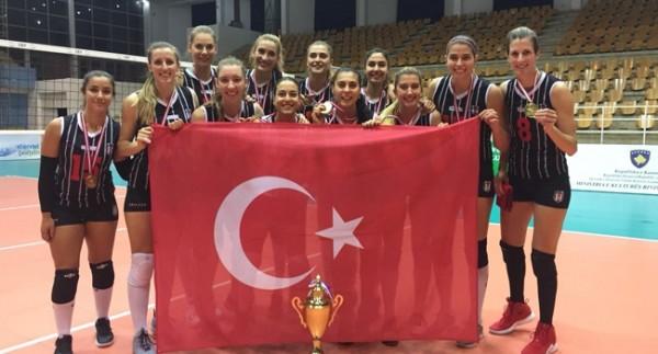 Beşiktaş Balkan Kupası'nda şampiyon oldu