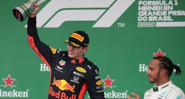 Brezilya'da kazanan Verstappen