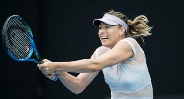 Maria Sharapova sakatlandı