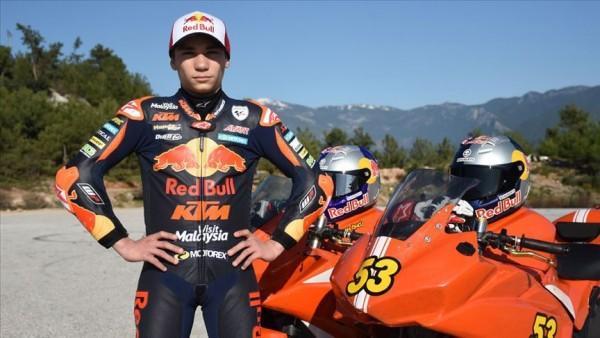 Milli motosikletçi Deniz Öncü sezonu İspanya'da kapatacak