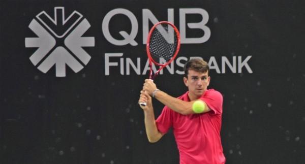 Milli tenisçi Ergi Kırkın ikinci turda