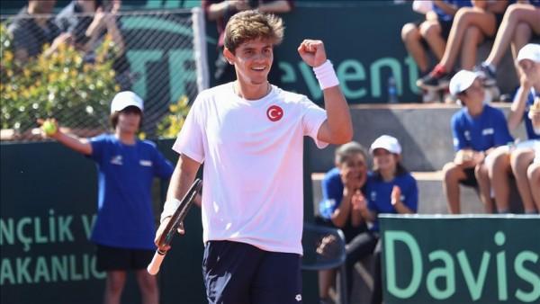 Milli tenisçi Yankı Erel, dünya sıralamasında ilk 20'ye girebileceğine inanıyor