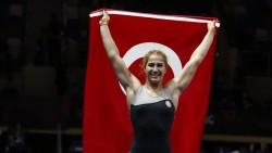 Milli güreşçi Buse Tosun Çavuşoğlu'ndan bronz madalya