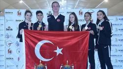 Avrupa Gençler Tekvando Şampiyonası'nda 5 madalya