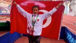 Aysun Akay, altın madalya kazandı
