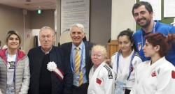 Görme Engelli Kadın Milli Takımı Japonya'da 3 madalya kazandı