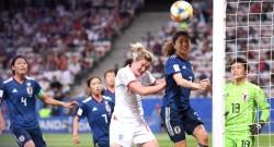 İngiltere ve Japonya son 16'da