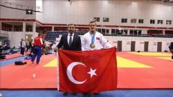 Milli judocu Mikail Özerler'den bronz madalya