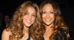 Super Bowl'da sahne Shakira ve Jennifer Lopez'in