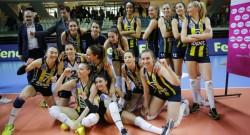 Üçüncülük yarışını Fenerbahçe Opet kazandı
