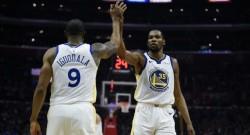 Warriors'ı Durant taşıdı