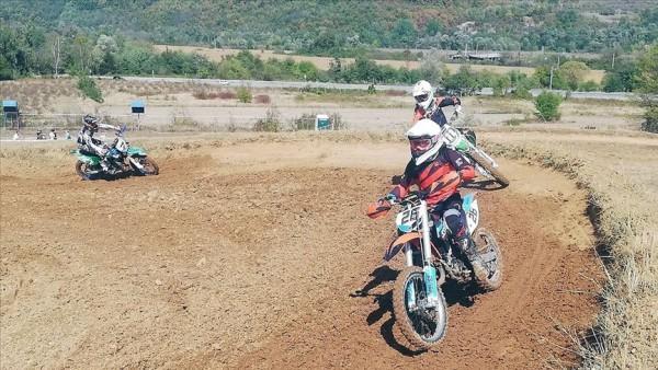 Yunanistan'daki motosiklet şampiyonasında Türkiye'den 14 sporcu yarışacak